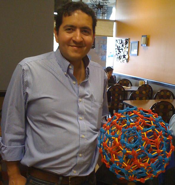 Carlos Neumann zometool microdo
