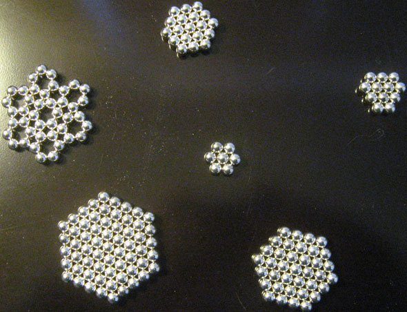 Nanodots Magnetic Constructors (216 NdFeB spherical magnets) - 2D patterns - hexagonals